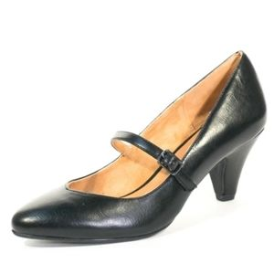 🌷5/$25 Vintage brand new heels never worn